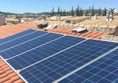 Instalación de energía solar fotovoltaica en Calle Granate (Pulianas, Granada)