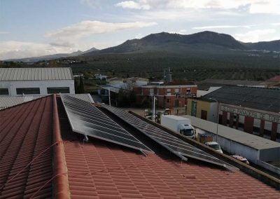 Instalación de autoconsumo en Nave Industrial en Torredonjimeno (Jaén)